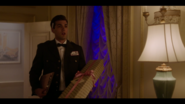 KK-Caps-1x07-Kiss-of-the-Spider-Woman-73-Courier