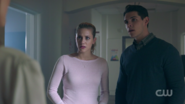 RD-Caps-2x01-A-Kiss-Before-Dying-71-Betty-Kevin