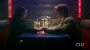 RD-Caps-2x10-The-Blackboard-Jungle-117-Veronica-Archie