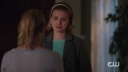 RD-Caps-2x03-The-Watcher-in-the-Woods-124-Betty-Polly