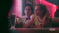 RD-Caps-2x02-Nighthawks-129-Jughead-Betty