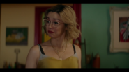 KK-Caps-1x05-Song-for-a-Winters-Night-41-Pepper