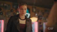 RD-Caps-5x09-Destroyer-62-Betty