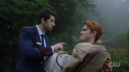 RD-Caps-2x14-The-Hills-Have-Eyes-30-Andre-Archie