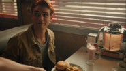 RD-Caps-4x06-Hereditary-13-Archie