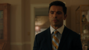 RD-Caps-4x07-The-Ice-Storm-06-Hiram