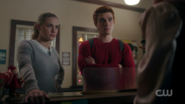 RD-Caps-2x09-Silent-Night-Deadly-Night-40-Betty-Archie