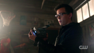 RD-Caps-2x03-The-Watcher-in-the-Woods-142-Dilton
