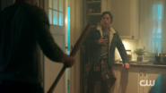 RD-Caps-2x02-Nighthawks-19-Archie-Jughead