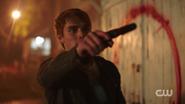 RD-Caps-2x04-The-Town-That-Dreaded-Sundown-72-Archie-gun