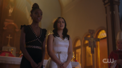 RD-Caps-2x12-The-Wicked-and-The-Divine-83-Josie-Veronica.png
