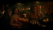 KK-Caps-1x01-Pilot-30-Katy-Josie