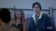 RD-Caps-2x03-The-Watcher-in-the-Woods-29-Toni-Jughead