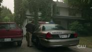 RD-Caps-2x07-Tales-from-the-Darkside-133-Sheriff-Keller-Keller-house