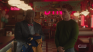 RD-Caps-5x05-Homecoming-118-Pop-Tate-Archie