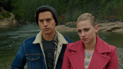RD-Caps-4x09-Tangerine-118-Jughead-Betty.png