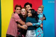 RD-S4-Los-Angeles-Times-Entertainment-Comic-Con-Portraits-2019-KJ-Madelaine-Cole-Camila-Lili-04
