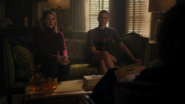 RD-Caps-4x08-In-Treatment-12-Alice-Betty