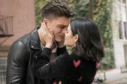 KK-Promo-1x03-What-Becomes-of-the-Broken-Hearted-10-Ko-Katy