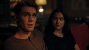 RD-Caps-4x04-Halloween-20-Archie-Veronica