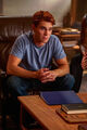 RD-Promo-4x03-Dog-Day-Afternoon-02-Archie.jpg