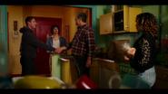 KK-Caps-1x04-Here-Comes-the-Sun-16-Bernardo-Jorge-Luis-Luisa