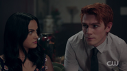 RD-Caps-2x05-When-a-Stranger-Calls-80-Veronica-Archie