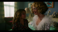 KK-Caps-1x05-Song-for-a-Winters-Night-112-Luisa-Jorge-Ginger