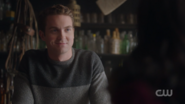 RD-Caps-2x14-The-Hills-Have-Eyes-74-Store-clerk