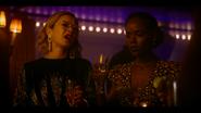 KK-Caps-1x04-Here-Comes-the-Sun-75-Pepper-Josie