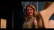 KK-Caps-1x04-Here-Comes-the-Sun-22-Amanda
