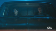 RD-Caps-2x07-Tales-from-the-Darkside-42-Jughead-Archie