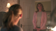 RD-Caps-2x08-House-of-the-Devil-97-Alice