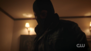 RD-Caps-2x01-A-Kiss-Before-Dying-167-Black-Hood
