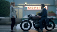 RD-Caps-2x01-A-Kiss-Before-Dying-86-Jughead-Betty-motorcycle