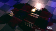 RD-Caps-2x02-Nighthawks-113-Blood
