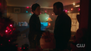 RD-Caps-2x09-Silent-Night-Deadly-Night-116-Jughead-FP