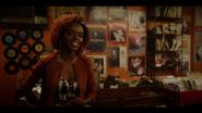 KK-Caps-1x03-What-Becomes-of-the-Broken-Hearted-70-Josie