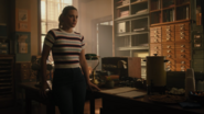 RD-Caps-4x02-Fast-Times-at-Riverdale-High-24-Betty
