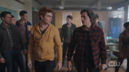 RD-Caps-2x20-Shadow-of-a-Doubt-25-Archie-Jughead