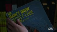 RD-Caps-2x04-The-Town-That-Dreaded-Sundown-110-Nancy-Drew-book