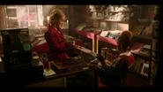 KK-Caps-1x07-Kiss-of-the-Spider-Woman-11-Pepper-Josie