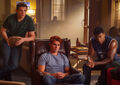 RD-Promo-4x03-Dog-Day-Afternoon-01-Kevin-Archie-Mad-Dog.jpg