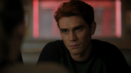 RD-Caps-4x14-How-to-Get-Away-with-Murder-15-Archie