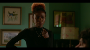 KK-Caps-1x05-Song-for-a-Winters-Night-40-Josie