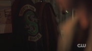 RD-Caps-2x01-A-Kiss-Before-Dying-144-Southside-jacket