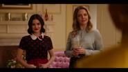 KK-Caps-1x09-Wishin-&-a-Hopin-06-Katy-Amanda
