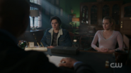 RD-Caps-2x15-There-Will-Be-Blood-120-Jughead-Betty