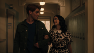 RD-Caps-4x02-Fast-Times-at-Riverdale-High-28-Archie-Veronica