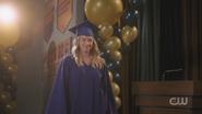 RD-Caps-5x03-Graduation-74-Betty